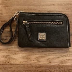 Dooney & Bourke black leather wallet wristlet